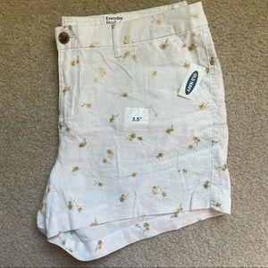 Old Navy Linen blend shorts size 14